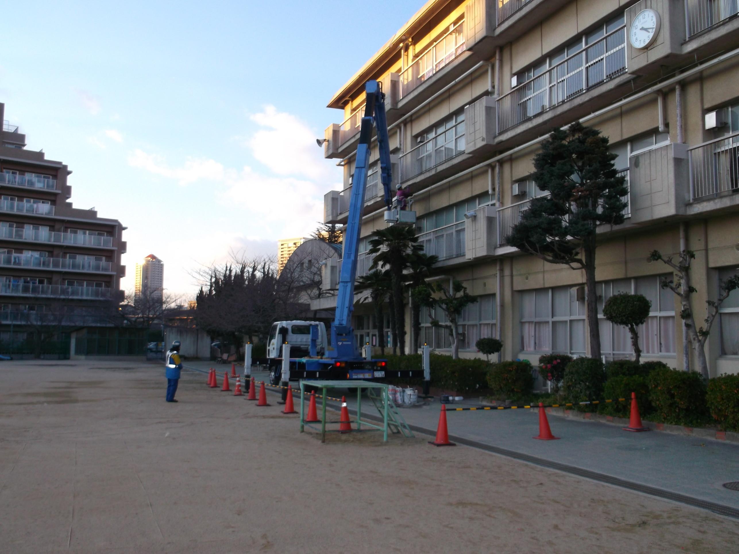 宝塚市 市立小学校 外壁修繕イメージ01
