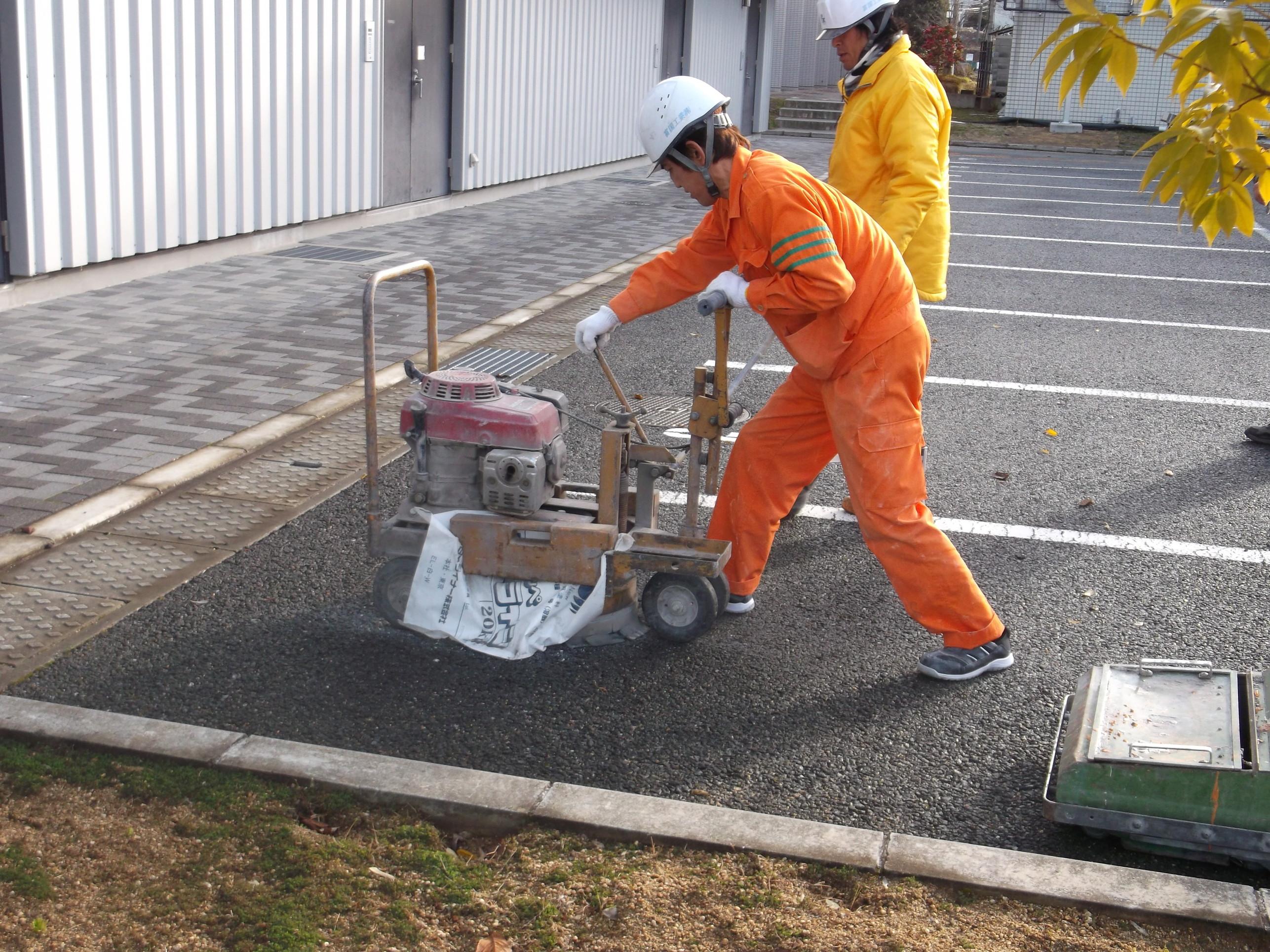 池田市 某施設 駐車場ライン工事イメージ01
