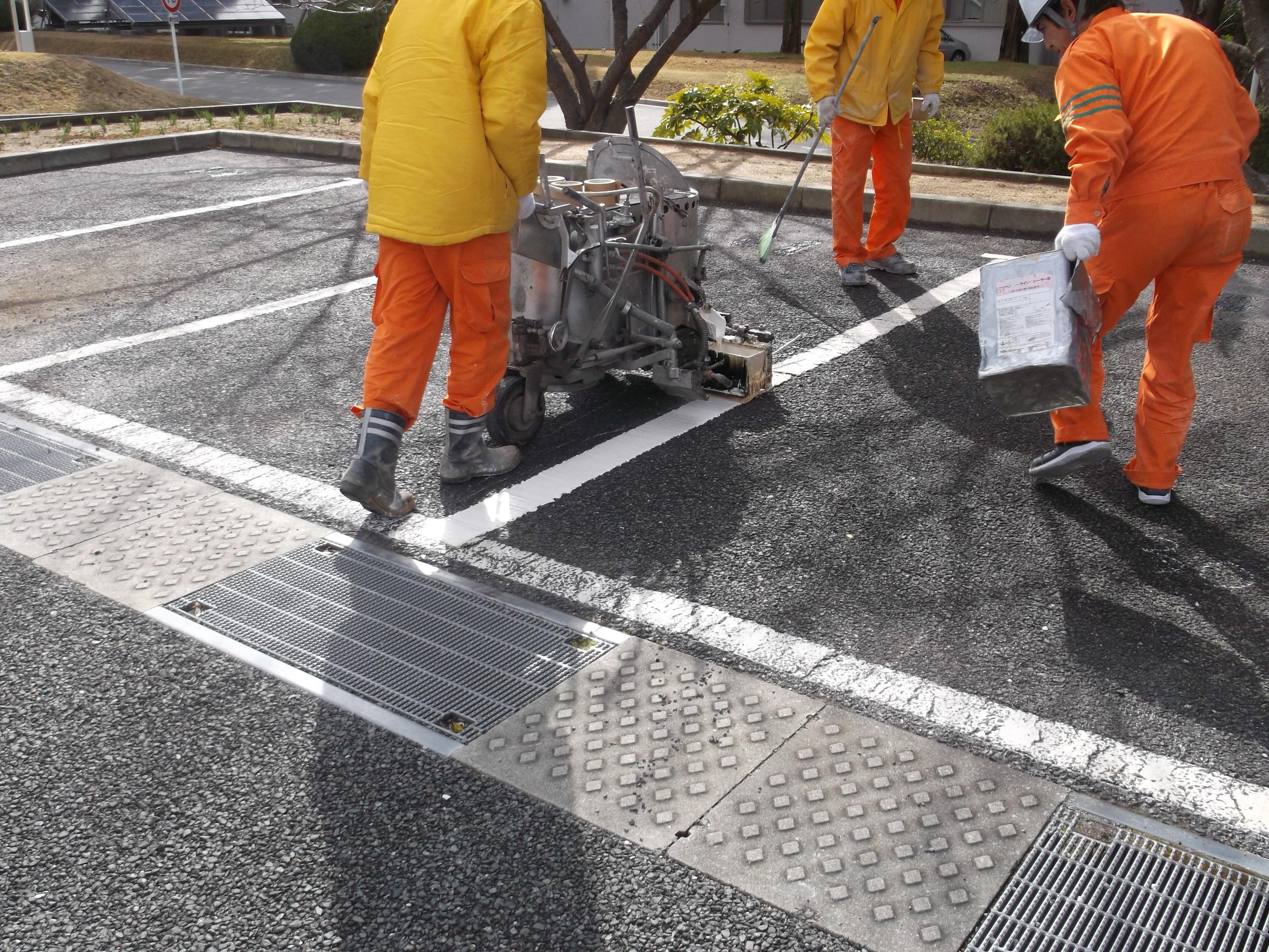池田市 某施設 駐車場ライン工事イメージ02