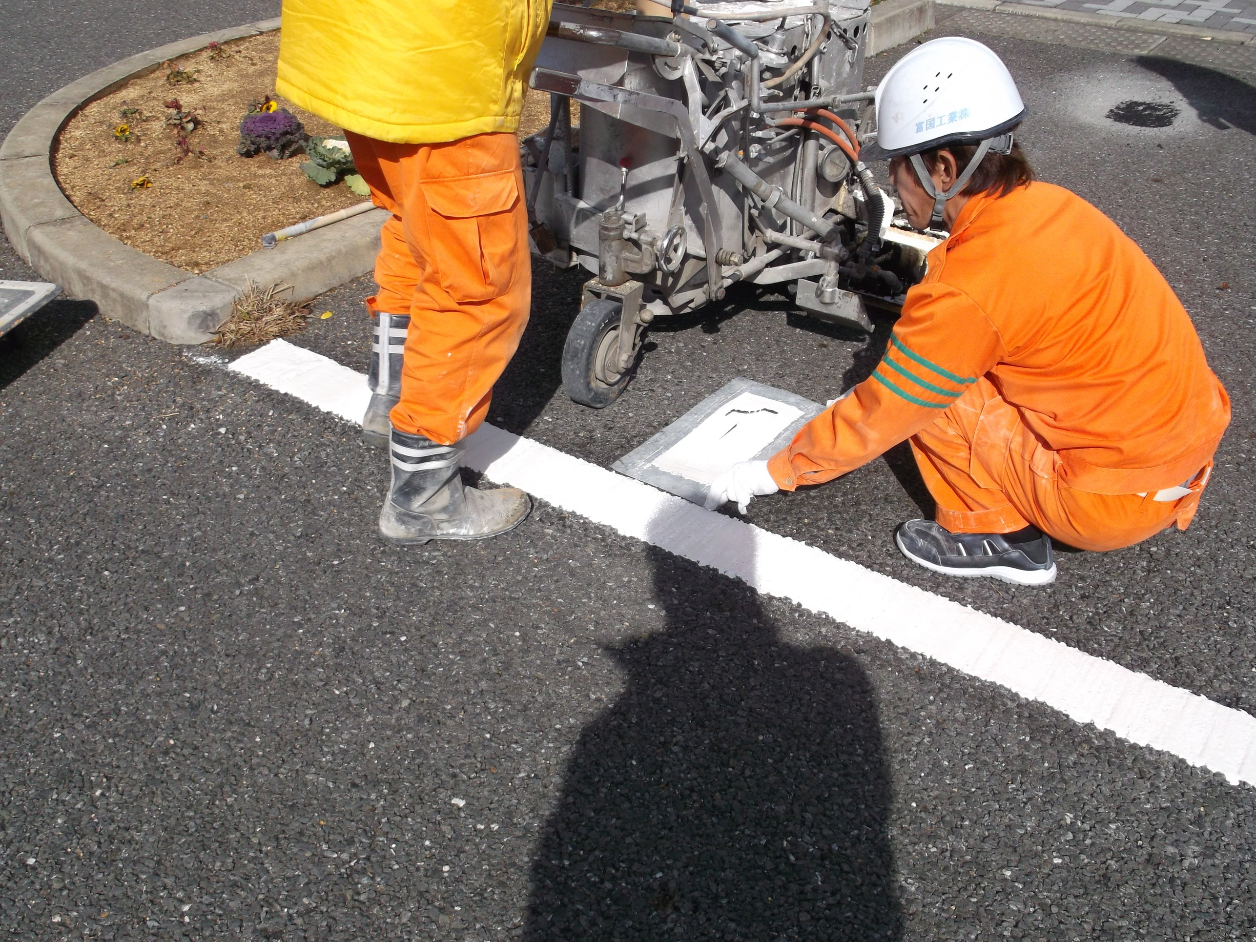 池田市 某施設 駐車場ライン工事イメージ03