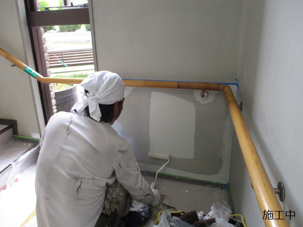 宝塚市 公共施設 階段2階踊り場壁修繕工事イメージ07