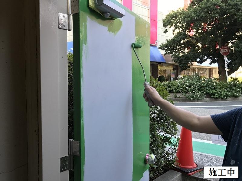 宝塚市 商業施設 立体駐車場入口鉄扉取替イメージ08