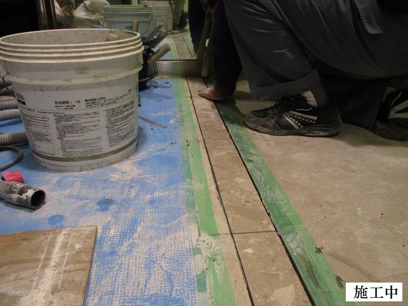 宝塚市 商業施設 エスカレーター乗降口床修繕工事イメージ08