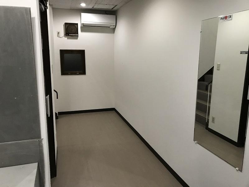 宝塚市 社屋 1・2階廊下内装改修工事イメージ04