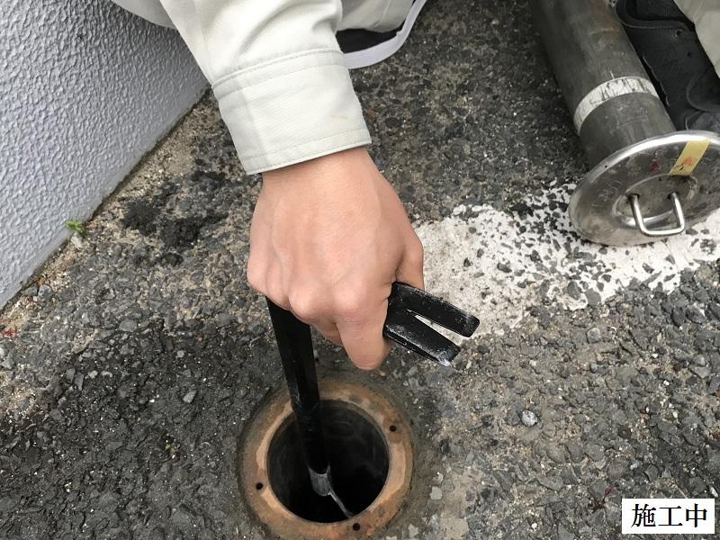 伊丹市 マンション 駐輪場ポール清掃・修繕工事イメージ06