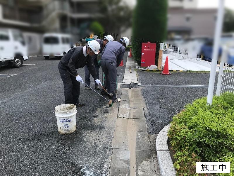 尼崎市 マンション 駐車場舗装工事イメージ04