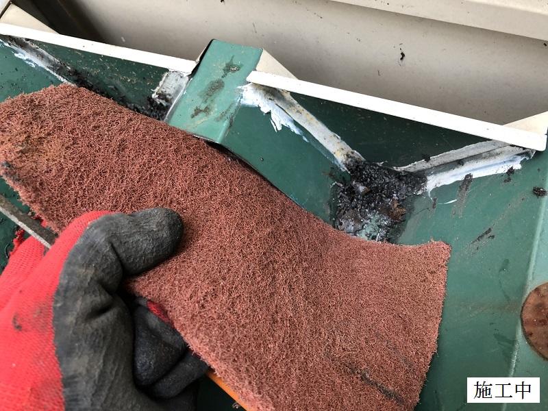 宝塚市 中学校 雨樋の詰まり防止 屋根修繕イメージ06