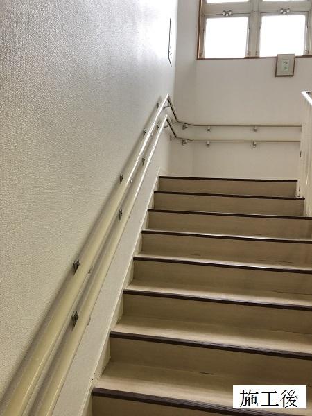 宝塚市 保育園 クロス修繕工事(階段・廊下・職員室)イメージ01