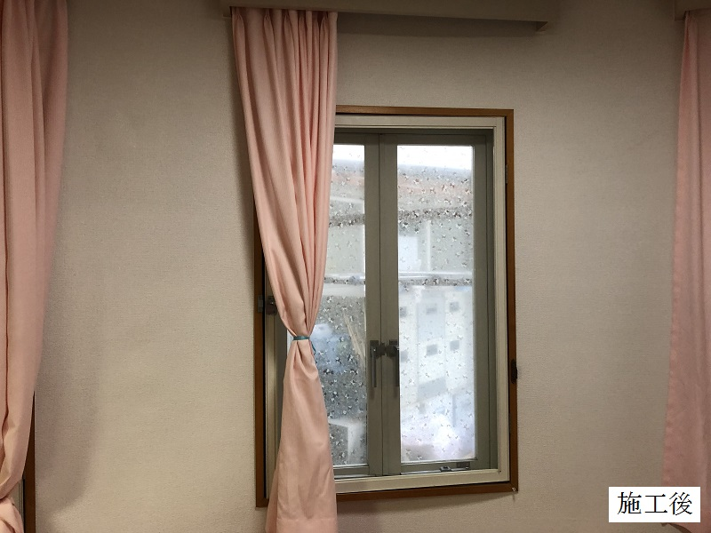 宝塚市 保育園 クロス修繕工事(階段・廊下・職員室)イメージ05