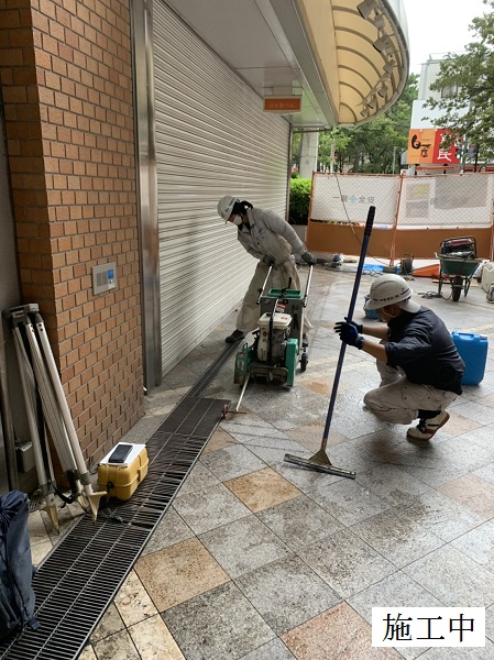 宝塚市 商業施設 アーケード雨水対策工事イメージ04