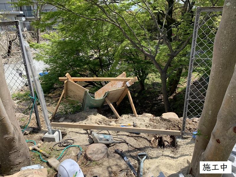 宝塚市  マンション 池の石積補修工事イメージ07