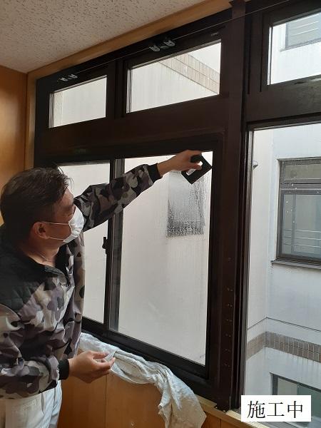 宝塚市 福祉施設 ガラスフィルム貼工事イメージ03