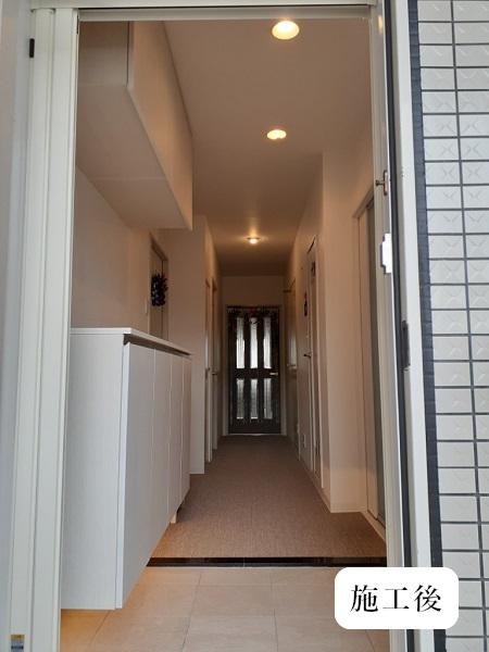 宝塚市 内装リフォーム|明るくカッコいい玄関空間イメージ01
